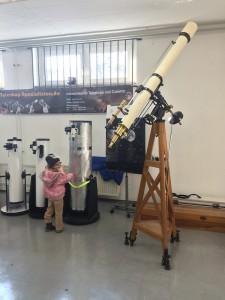 Schmankerl und Astromäuse bei den Teleskop-Spezialsten