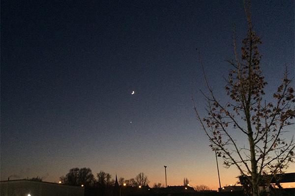Mondsichel, Venus, Abendstern